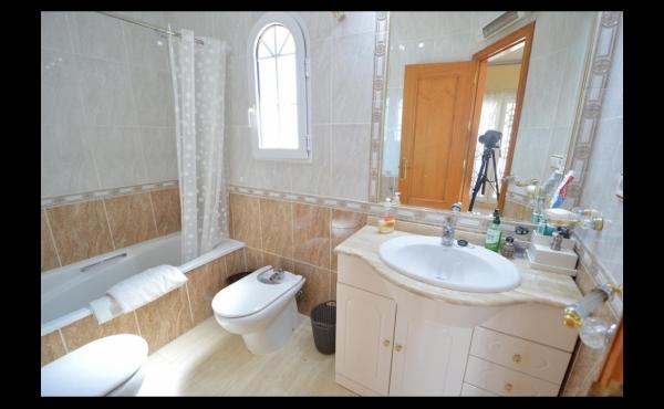 Modern villa in La Regia for sale19